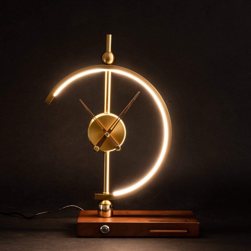 LED sviestuvas laikrodis